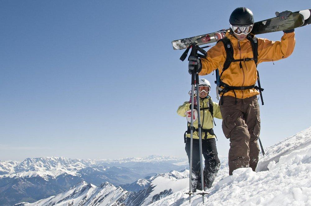La free-rando : Marcher quelques minutes pour s'éloigner des pistes et profiter ainsi des espaces encore vierges... - © A.Rochau - Fotolia.com