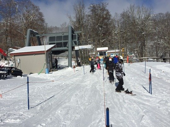 Was there today, lines not bad, didn't get as much snow as claimed but great early season conditions for the area and the new run, gunther's, is amazing, best run in nc!
