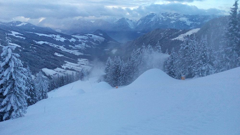 Im Skijuwel Alpbachtal Wildschönau Tirol wird ordentlich beschneit