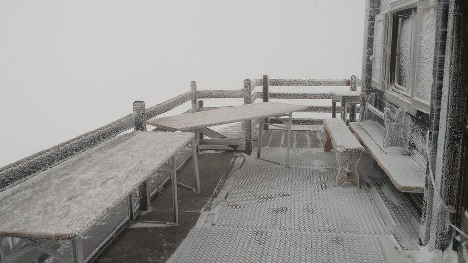 Cervino, Neve fresca 5 Novembre 2014 - © Rifugio Guide del Cervino