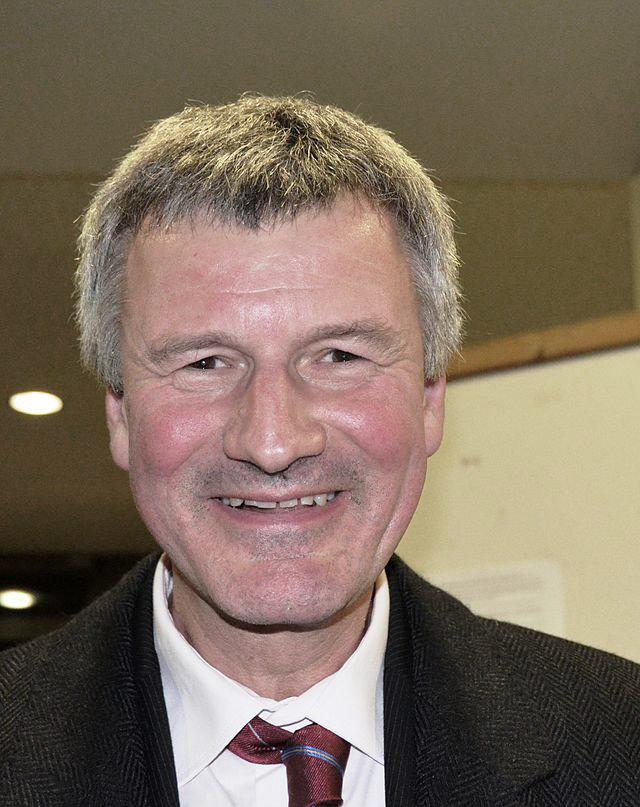 Prof. Dr. Helmut Lötzerich - © Wikimedia | Creative Commons License