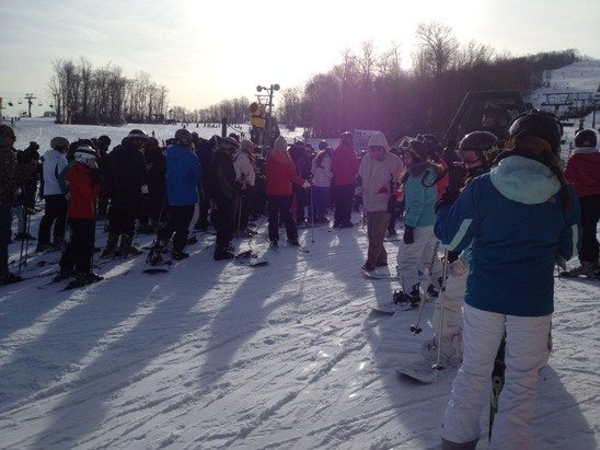 Wow great snow terable lines  n people all over the place on trails