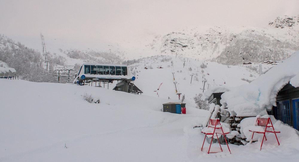 null - © Søndag kommer solen og da åpner Eikedalen Skisenter Stolheisen for sesongen.
