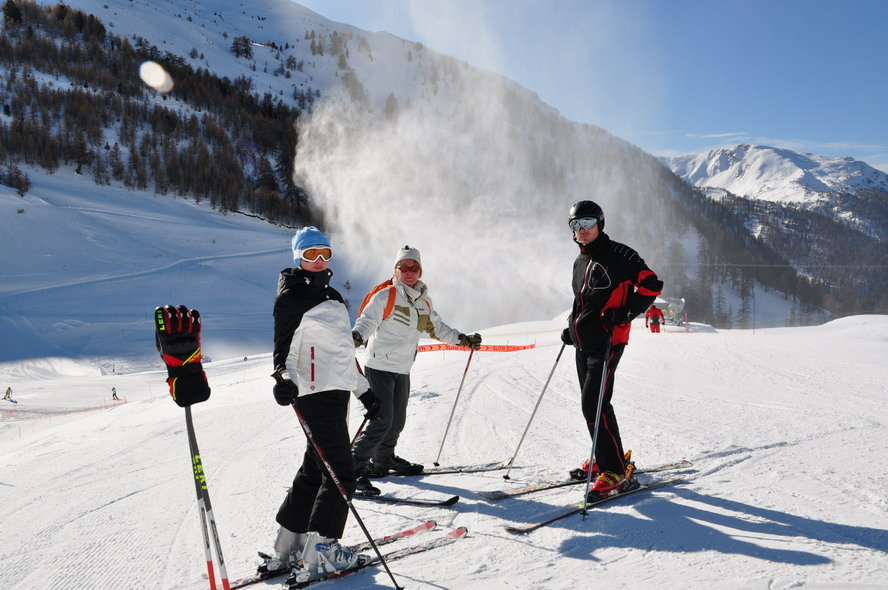 Risoul | Barbara, Majda, Igor - ©Alpis | Alpis @ Skiinfo Lounge
