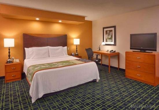 Fairfield Inn & Suites Albuquerque Airport