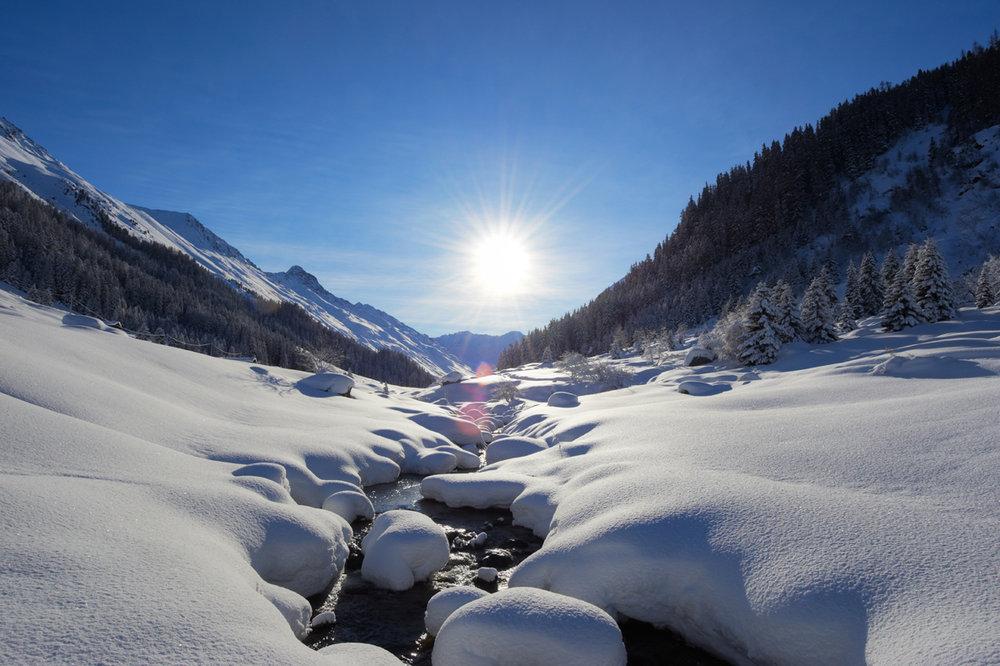 Die Destination Davos Klosters bietet Natur pur und eines der weitläufigsten Freeridegebiete der Schweiz - © Destination Davos Klosters/Stefan Schlumpf