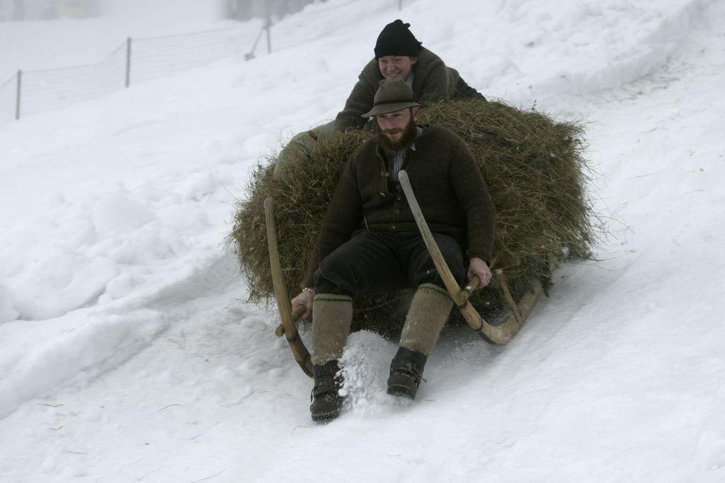 Nicht nur Skifahrer haben ihren Nutzen von der weißen Pracht - © Pfronten