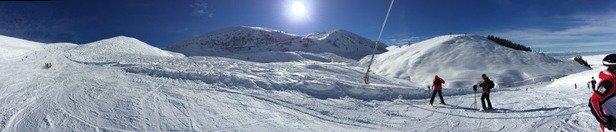Tanta neve, ma molte piste non sono state battute e quelle aperte erano sfatte..troppa gente
