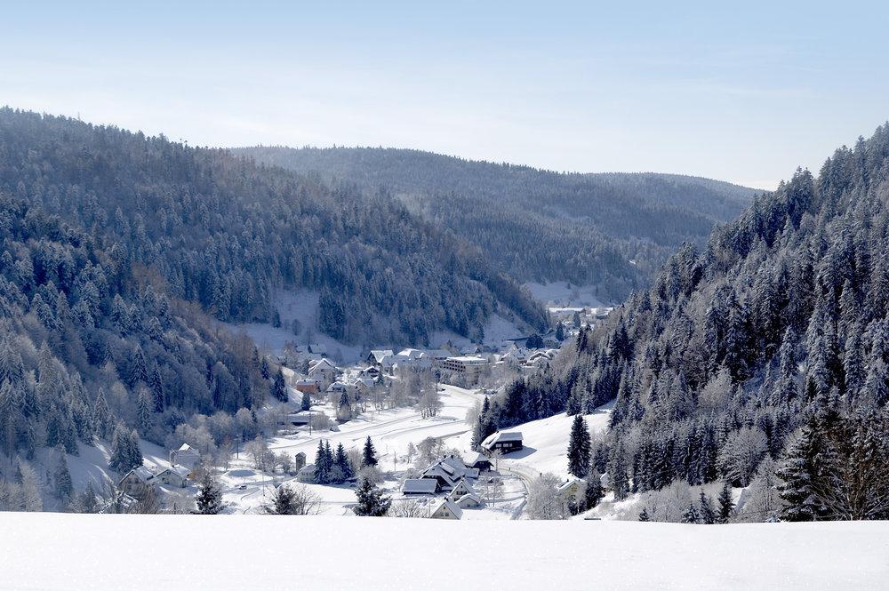 Ein Blick auf das verschneite Todtmoos - © Tourist-Information Todtmoos