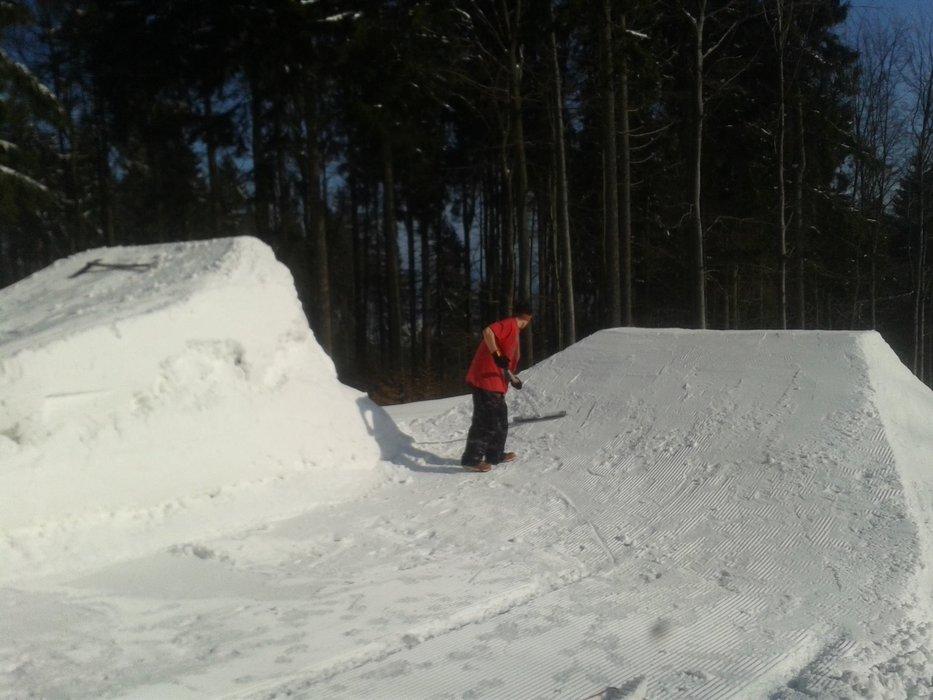 Velmi dobré sněhové podmínky nabízí Skipark Červená Voda - © Facebook Skipark Červená Voda