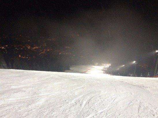 Aloch 6/02: Pista perfetta...neve ottima...la seggiovia un pochino lenta.