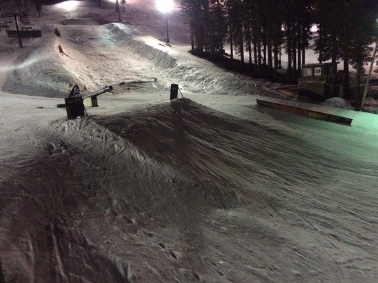 Night is the bestest!!! The run from the top is powdery and the bottoms super easy