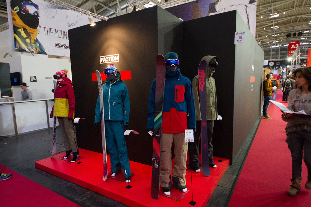 Stánok Faction Skis na ISPO 2015 - © Skiinfo