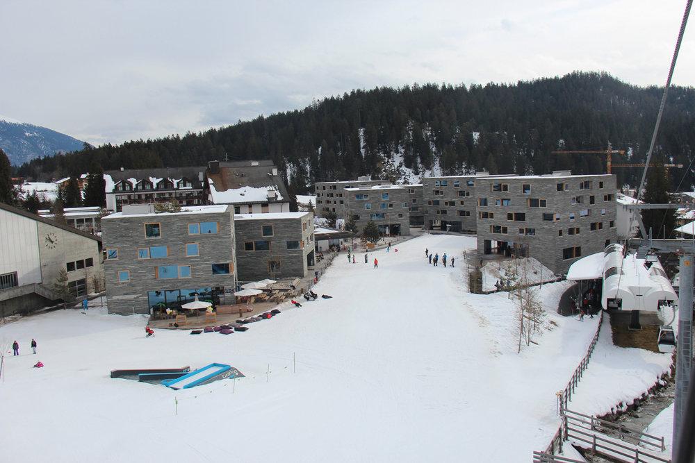 Rocksresort - der neue Ortskern an der Talstation Laax - © Skiinfo.de