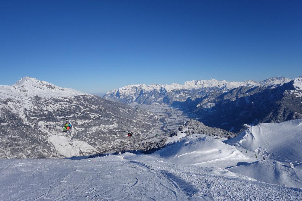 Der Blick über die Churer Landschaft ist einfach unglaublich - © Chur Tourismus - Michael Christ