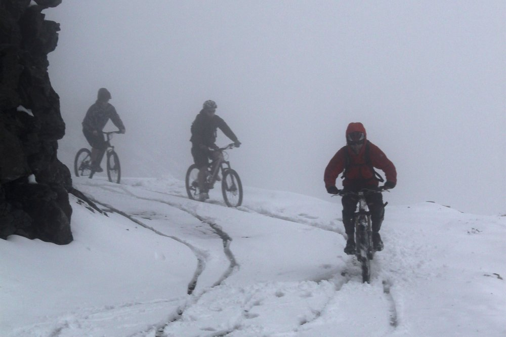 Mountain biking to La Chaux - ©Domenic | dom2ski @ Skiinfo Lounge