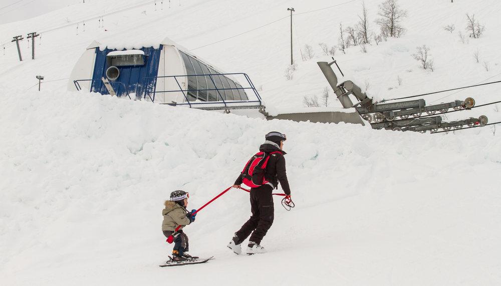 Mye nysnø og strøkent vær i Eikedalen. Denne statusrapporten gjør at vi får lyst til å reise på tur! - © Jan Petter Svendal