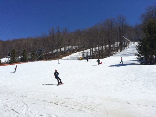 Shawnee Mountain Ski Area - Awesome day. Can't believe we're closing with this much snow. Great season!! Thanks to everyone for a fun season. We could make it another week or two with no problem. - © Stephen's iPhone