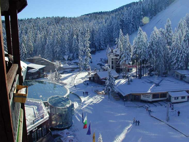 Borovets - © HIP 7 tourist transport @ Skiinfo Lounge
