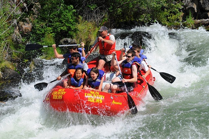 Hotel Jerome whitewater rafting - © Hotel Jerome