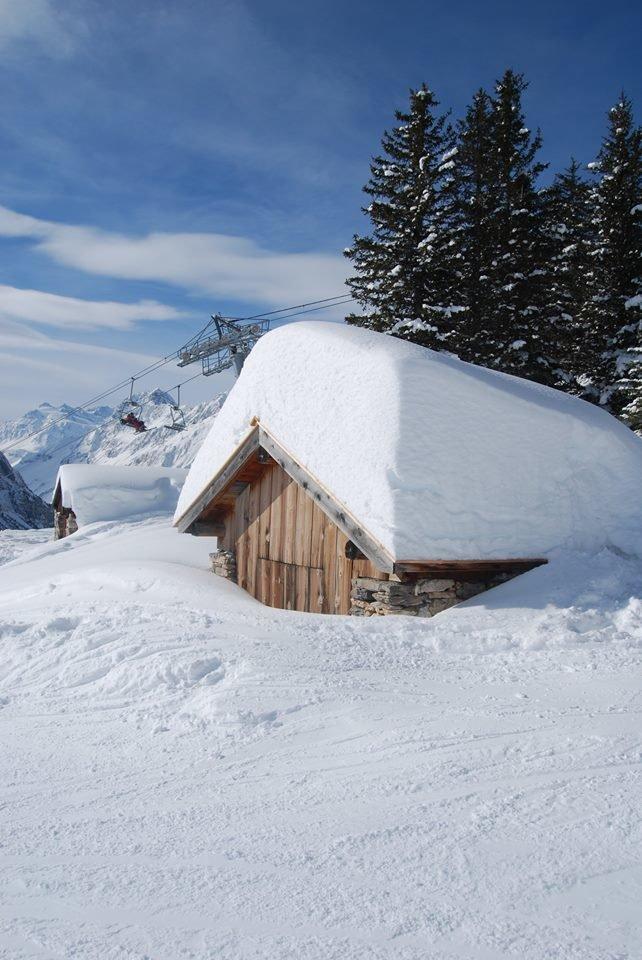 Ambiance hivernale à Pralognan la Vanoise - © Office de Tourisme de Pralognan la Vanoise