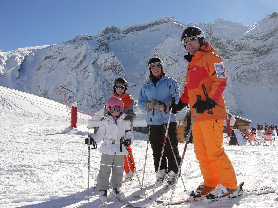 Ski en famille à Pralognan la Vanoise - © Office de Tourisme de Pralognan la Vanoise