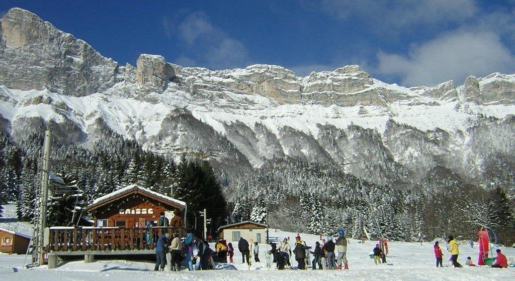 Au départ des pistes de ski de saint hilaire du touvet