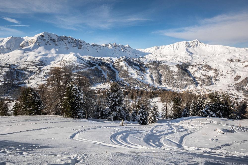 Impressionen aus dem Skigebiet Vars - © Rémi Morel