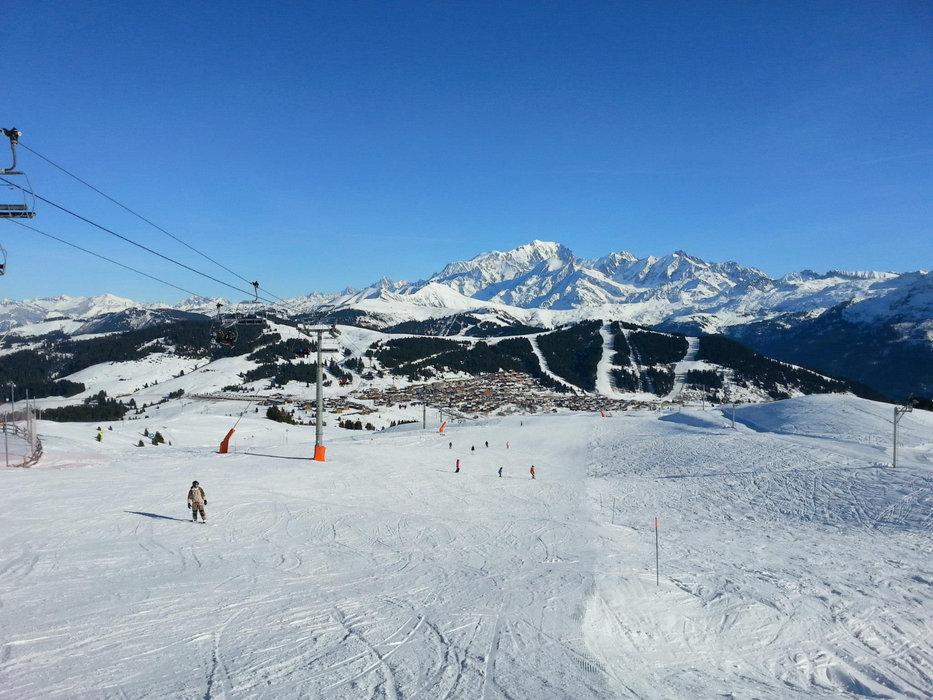 Panorama grandiose depuis les pistes de ski des Saisies - © OT des Saisies / Facebook