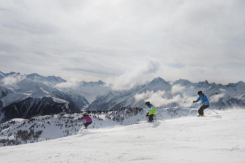 Mit den Wolken auf Augenhöhe - © Mayrhofner Bergbahnen AG