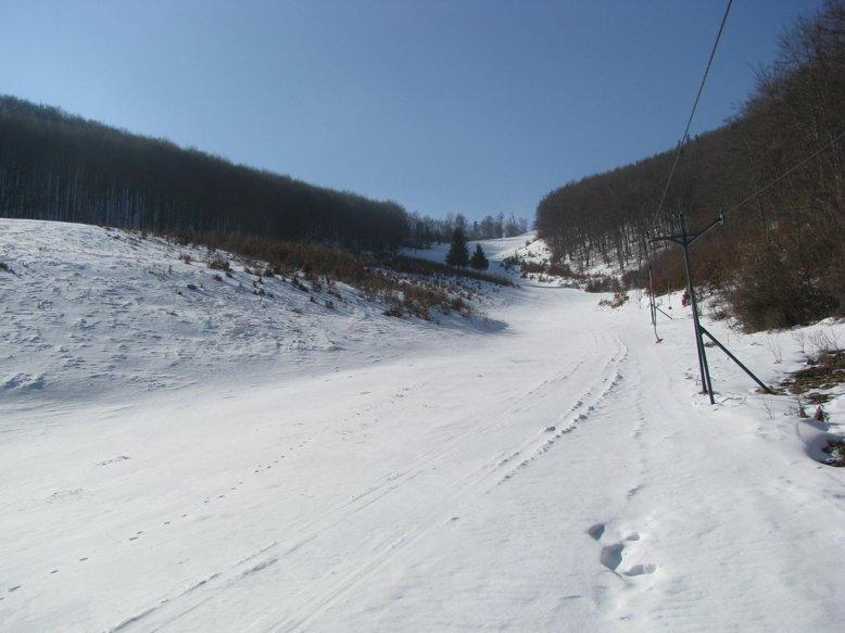 Závada pod Čiernym vrchom - © skizavada.szm.com