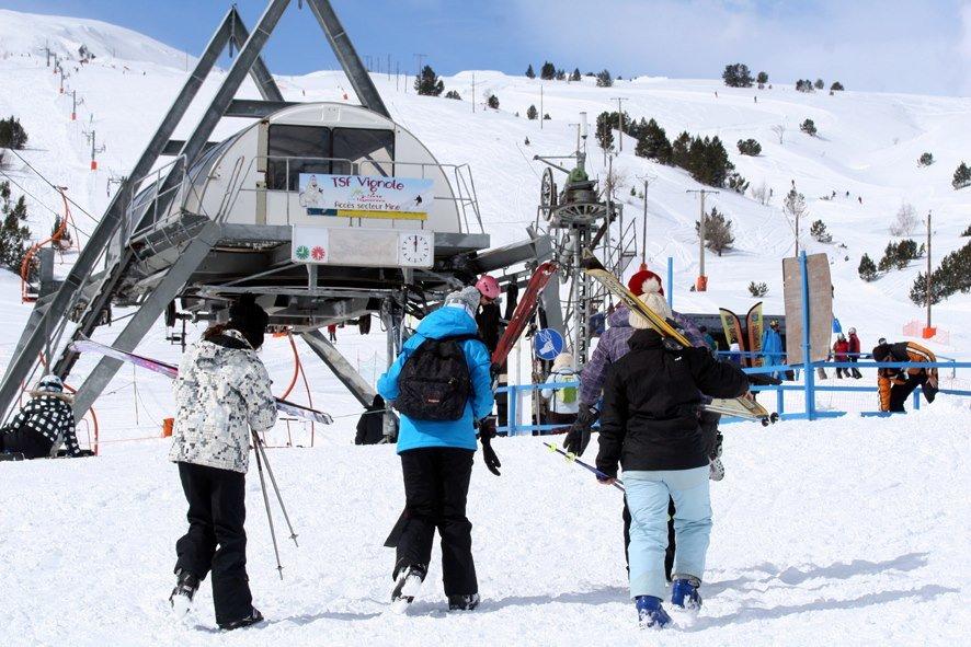 En route pour les pistes de ski de Porte Puymorens - © Station de ski de Porte Puymorens