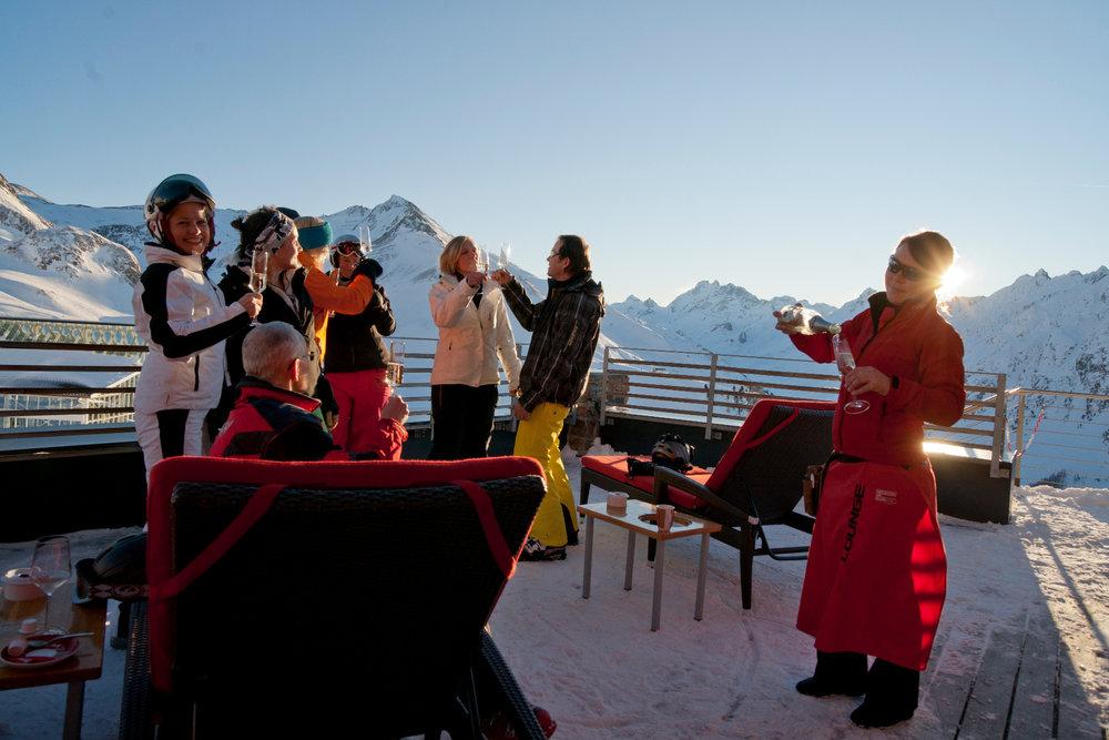 Partystimmung in Ischgl - © TVB Paznaun Ischgl