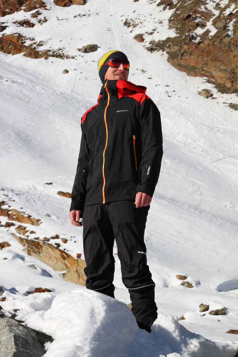 Test su pista: la nuova giacca freeride di Ziener TRAY MAN GTX - © Skiinfo