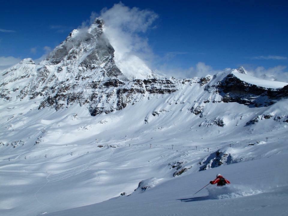 Cervinia - Breuil - Scuola si Sci Snowboard del Cervino - © Cervinia - Breuil - Scuola si Sci Snowboard del Cervino - Facebook