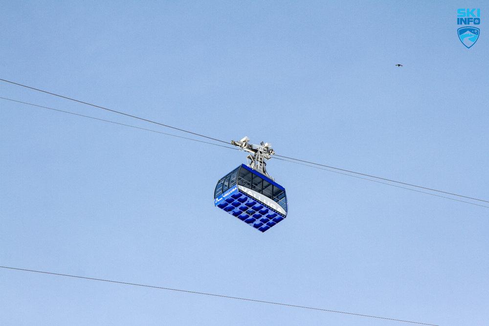 Die Valluga-Bahn bringt Skifahrer bis auf 2.811 Meter Höhe - © Skiinfo