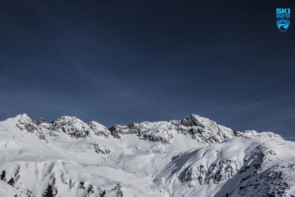 Imposantes Freeride-Gebiet: der Arlberg - © Skiinfo