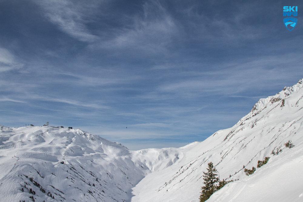 Das Steissbachtal mit der Vallugabahn - © Skiinfo