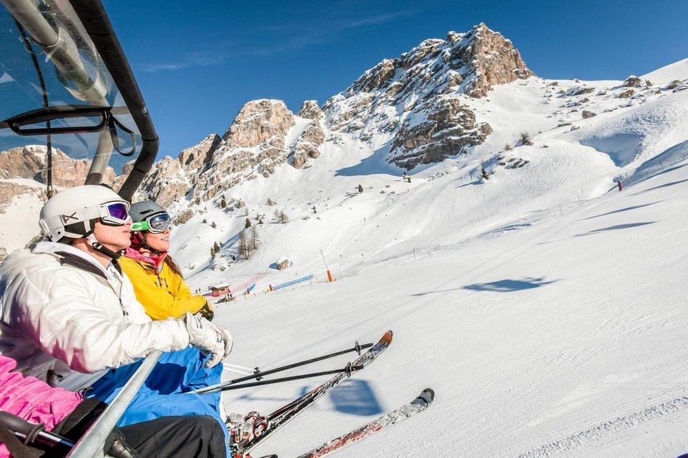 Skifahren in den Dolomiten: Sonne (fast) garantiert - © Trentino Marketing Photo Archive