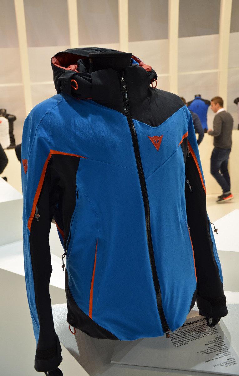 eefa542a3 Toto sú nové lyžiarske bundy, nohavice a trendy v oblečení na zimu 2016/17