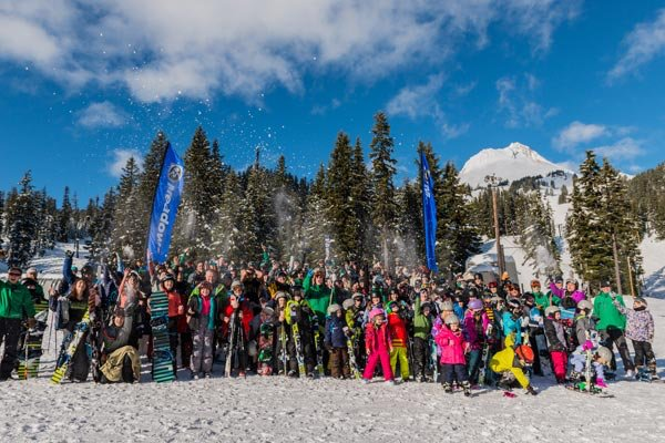 Perfect weather and a strong turn out for World's Largest Lesson at Mount Hood Meadows. - © Mount Hood Meadows