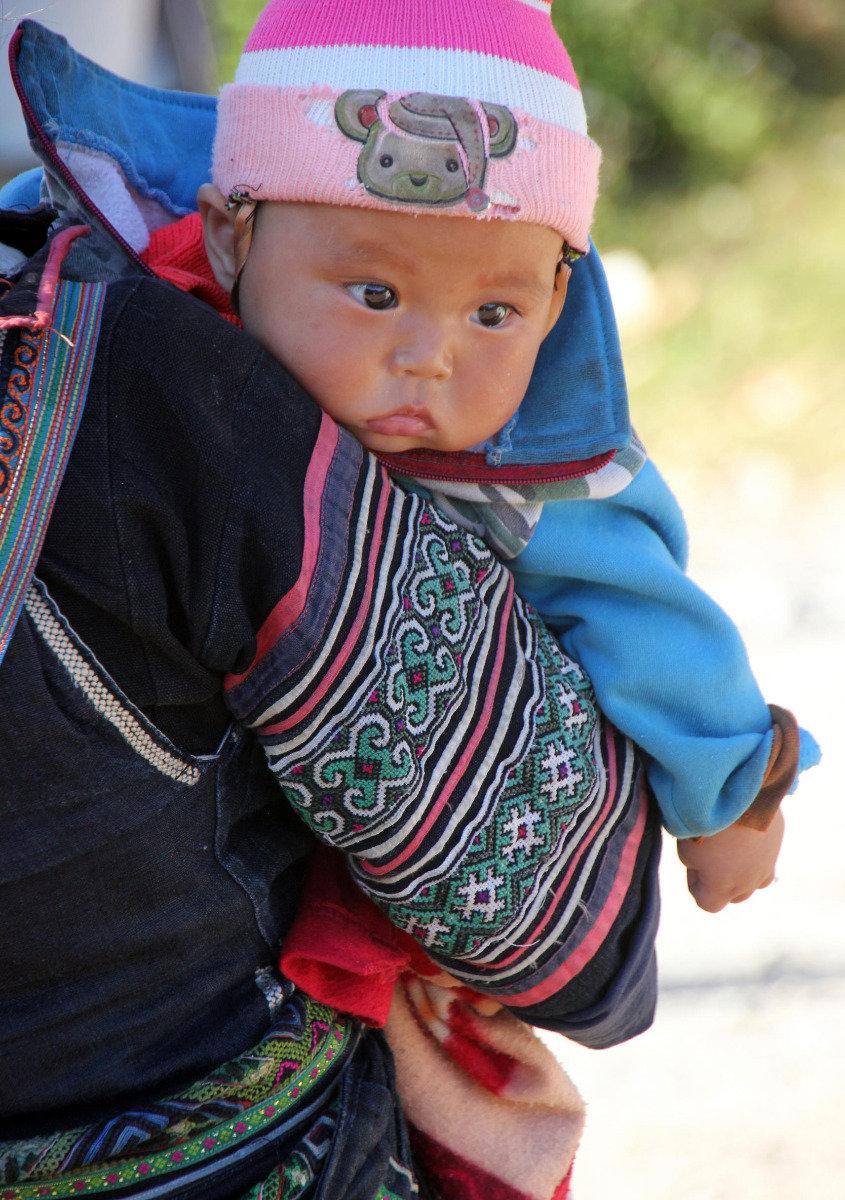 Ein Kleinkind indigener Abstammung - © Karsten-T. Raab