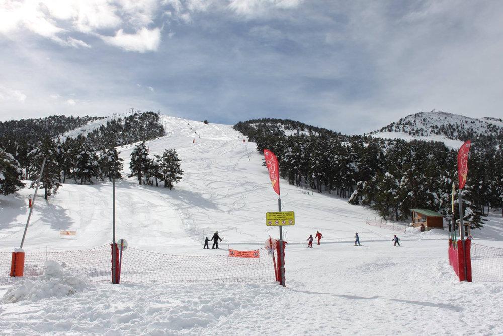 Excellentes conditions de ski sur le domaine de Gréolières les Neiges - © Page Facebook Gréolières les Neiges