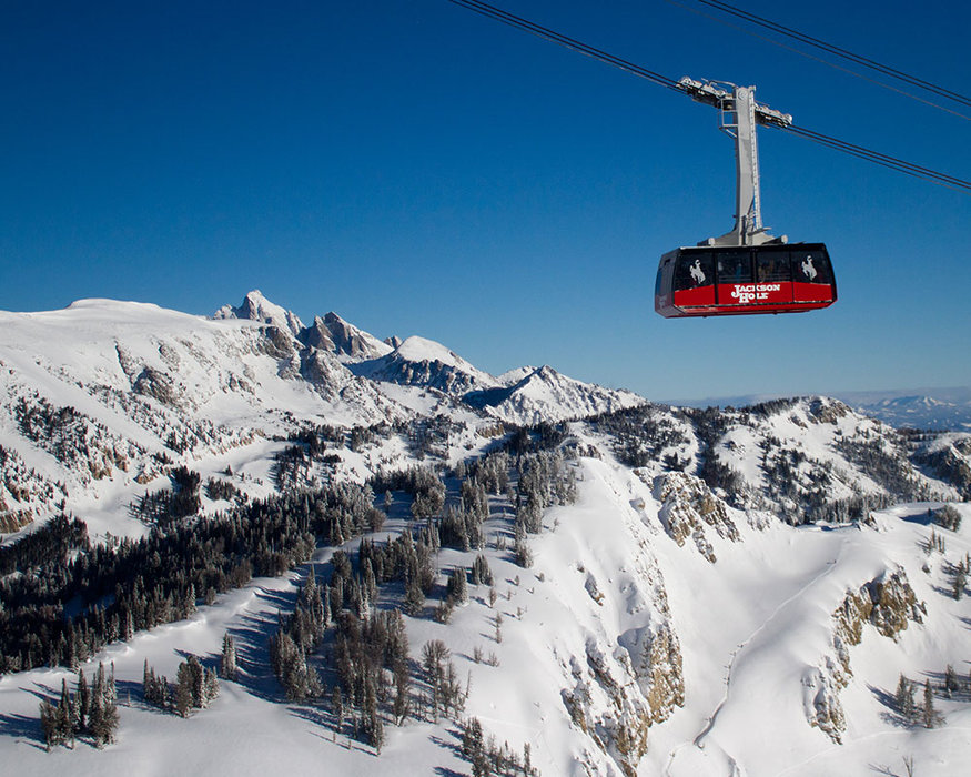 Tram and Teton views at Jackson Hole Mountain Resort. - © Jackson Hole Mountain Resort