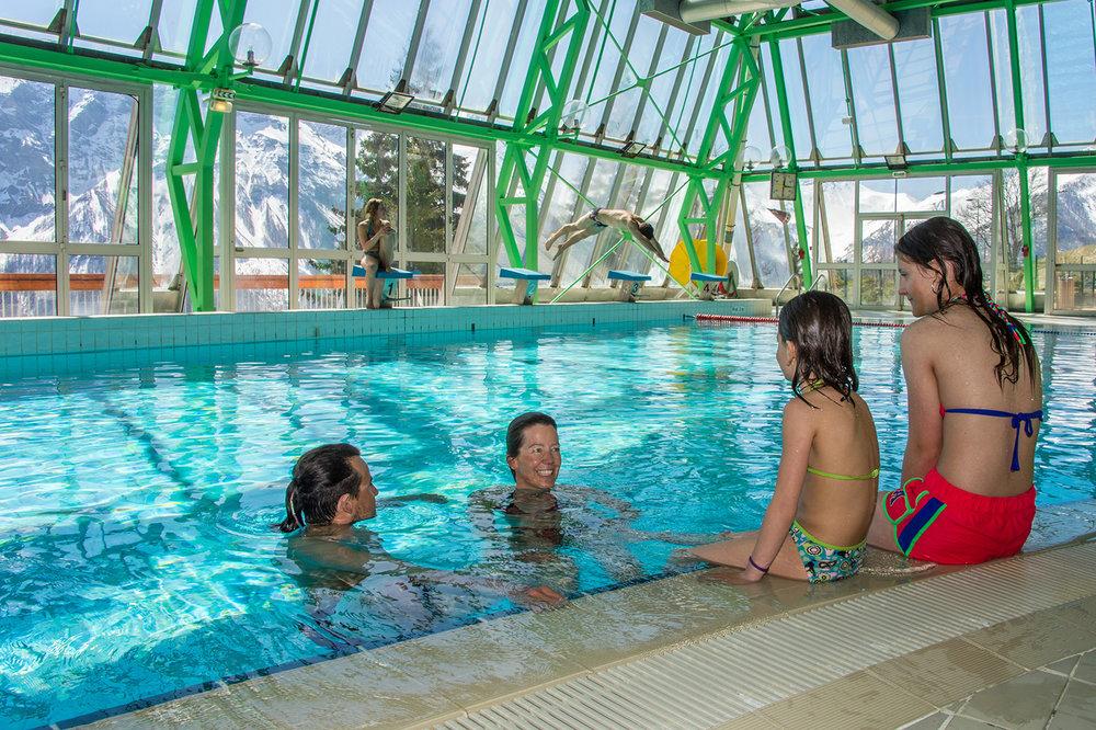 Après une bonne journée de ski, moment de détente dans les bassins de la piscine d'Orcières Merlette 1850 - © Gilles Baron