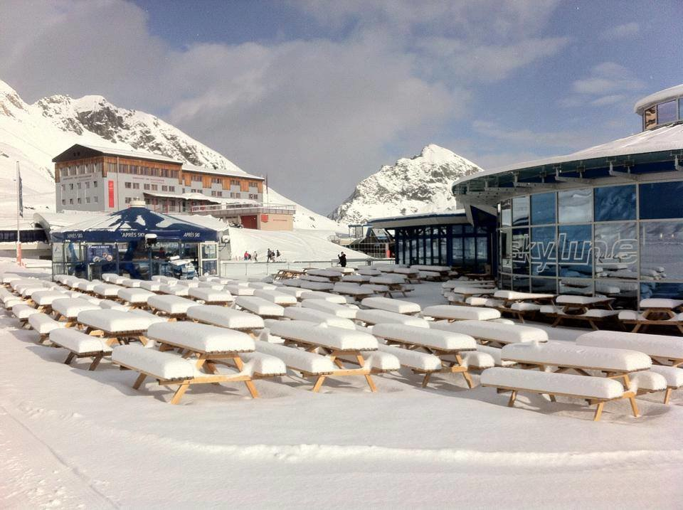 Fresh snow in Kitzsteinhorn - April 7, 2015 - © facebook Kitzsteinhorn