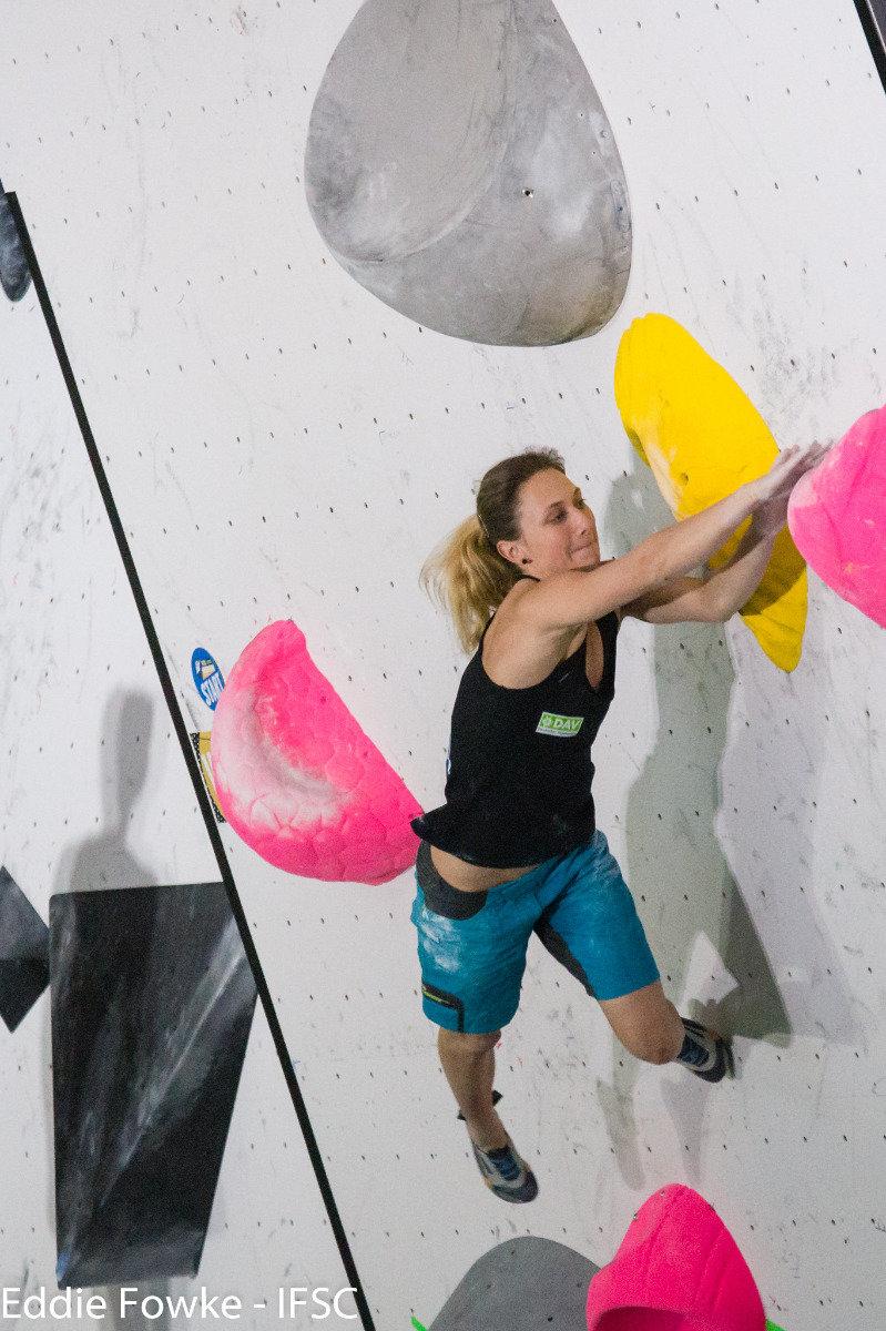 Monika Retschy (GER) beim IFSC Boulder-Weltcup in Kazo (JAP) - ©IFSC / Eddie Fowke