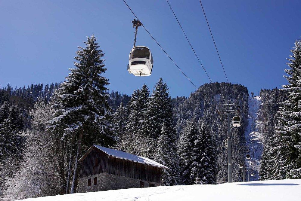 En route pour les pistes de ski de Saint Jean d'Aulps - © Office de Tourisme de St Jean d'Aulps