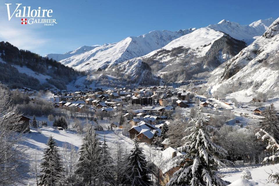 Vue sur la station de ski de Valloire - © Office de Tourisme de Valloire