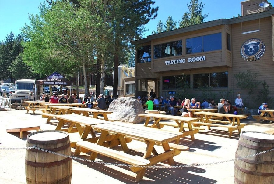 Local brews paired with delicious food and great views make Mammoth Brewing Company's beer garden a top spot for outdoor summer dining in the Eastern Sierra.  - ©Lara Kaylor